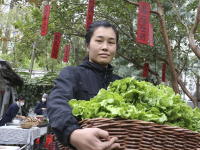 Hong Kong's local farms come to the rescue